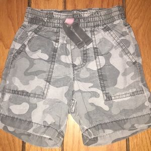 Other - Boys 12-18 month camo shorts